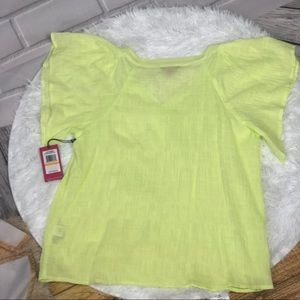 Vince Camuto Tops - Vince Camuto short sleeve shirt Size S